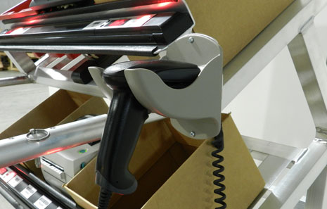 order picking cart with bar code scanner and light modules for picking